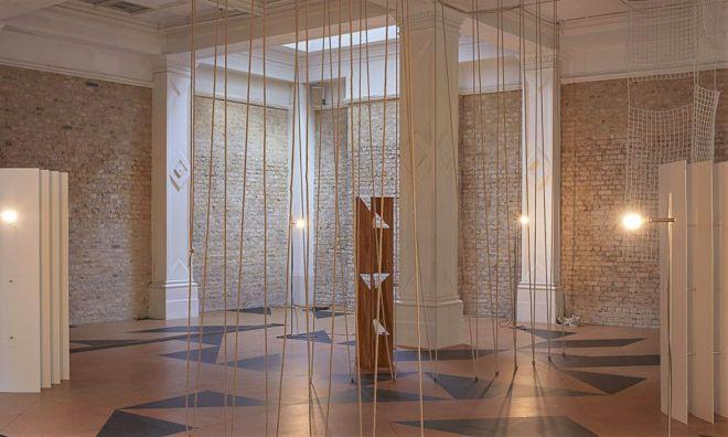 Leonor Antunes - hitechapel gallery - cork and lino flooring